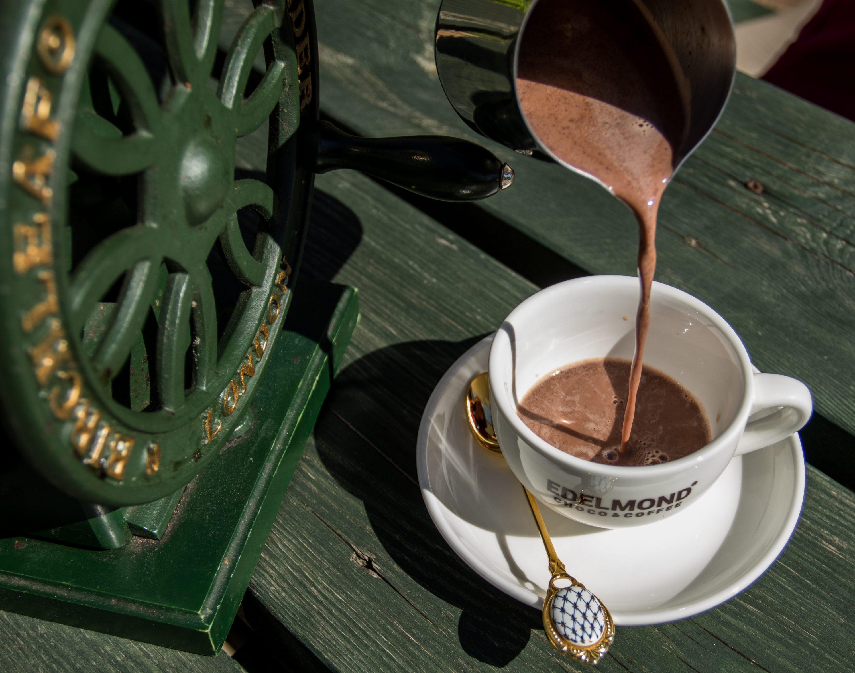 Trinkschokolade Tasse Edelmond